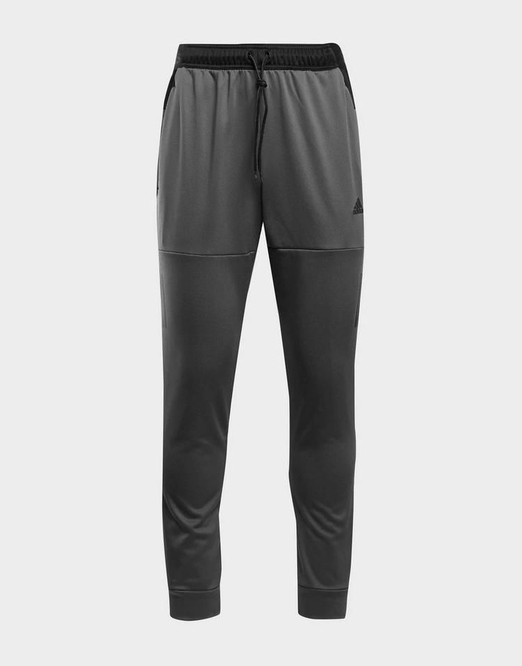 アディダス ADIDAS テック トラック GRAY灰色 グレイ 【 GREY ADIDAS TECH TRACK PANTS 】 メンズファッション ズボン パンツ