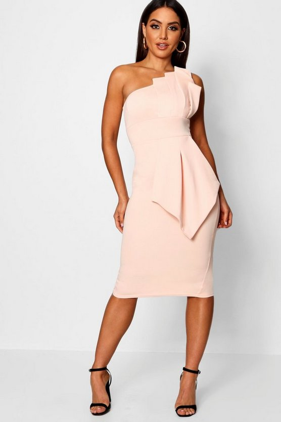 BOOHOO BOUTIQUE ドレス 【 BOOHOO BOUTIQUE ONE SHOULDER PLEATED DETAIL MIDI DRESS BLUSH 】 レディースファッション ワンピース