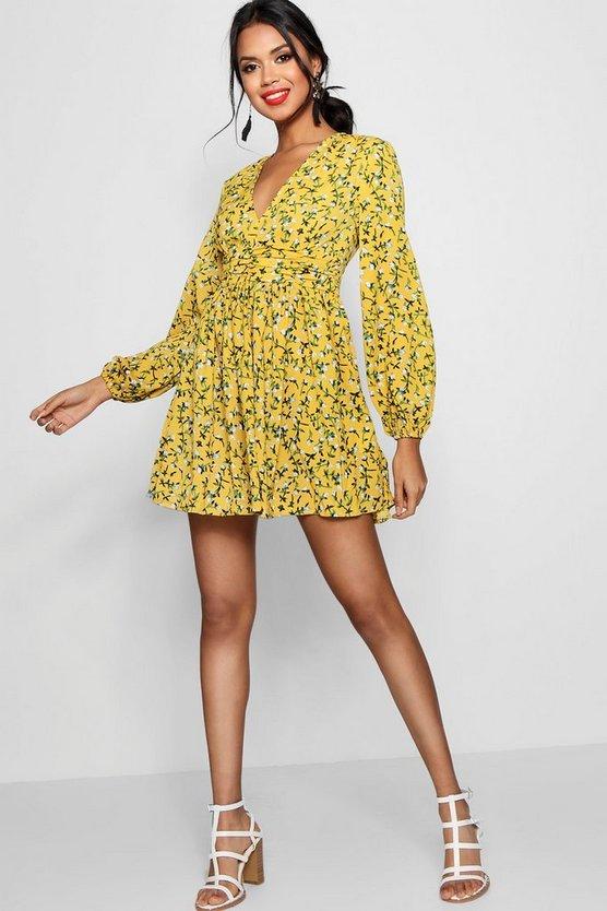 ブーフー BOOHOO ドレス 【 BOOHOO RUCHED WAIST FLORAL TEA DRESS MUSTARD 】 レディースファッション ワンピース