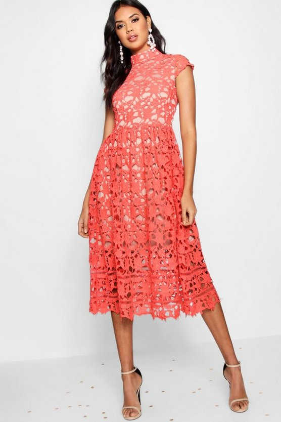 BOOHOO BOUTIQUE ドレス 赤 レッド 【 RED BOOHOO BOUTIQUE LACE MIDI SKATER BRIDESMAID DRESS 】 レディースファッション ワンピース