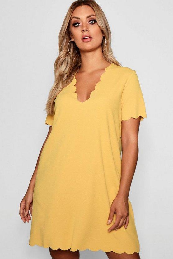 ブーフープラス BOOHOO PLUS ドレス レディースファッション ワンピース レディース 【 Plus Scallop Edge V Neck Shift Dress 】 Mustard