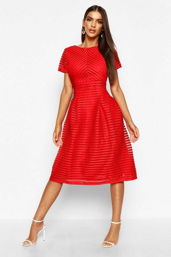 BOOHOO BOUTIQUE ドレス 赤 レッド 【 RED BOOHOO BOUTIQUE FULL SKIRTED PROM MIDI DRESS 】 レディースファッション ワンピース