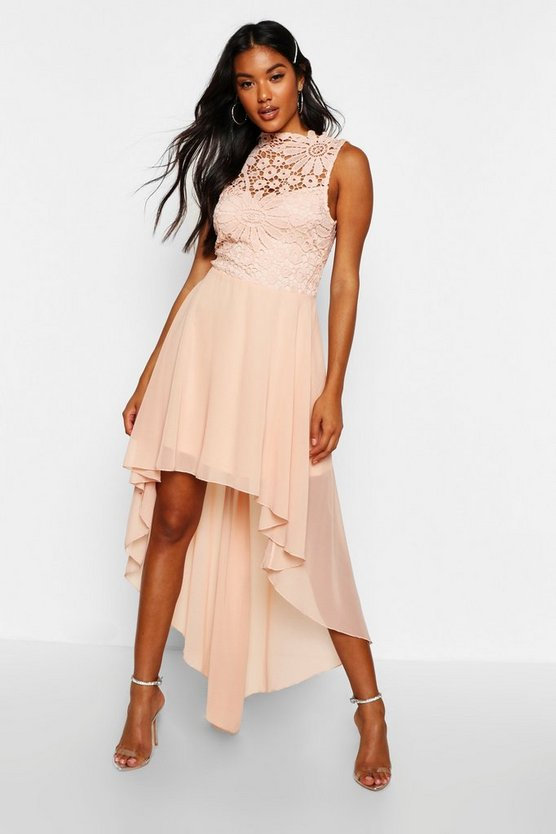 BOOHOO BOUTIQUE ドレス レディースファッション ワンピース レディース 【 Boutique Lace And Chiffon Dip Hem Bridesmaid Dress 】 Blush