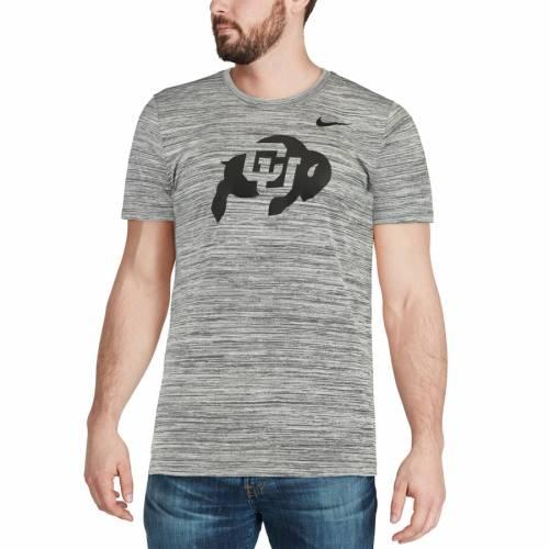 ナイキ NIKE コロラド レジェンド パフォーマンス Tシャツ チャコール メンズファッション トップス カットソー メンズ 【 Colorado Buffaloes 2018 Player Travel Legend Performance T-shirt - Charcoal 】 Char