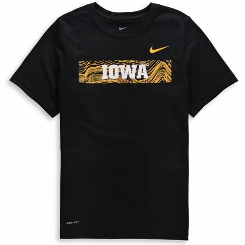 ナイキ NIKE 子供用 レジェンド サイドライン パフォーマンス Tシャツ 黒 ブラック キッズ ベビー マタニティ トップス ジュニア 【 Iowa Hawkeyes Youth Legend Sideline Performance T-shirt - Black 】 Blac