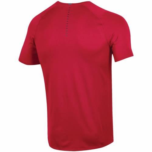 アンダーアーマー UNDER ARMOUR ユタ サイドライン パフォーマンス Tシャツ 赤 レッド 【 RED UNDER ARMOUR UTAH UTES 2018 SIDELINE RAID PERFORMANCE TSHIRT 】 メンズファッション トップス Tシャツ カットソ