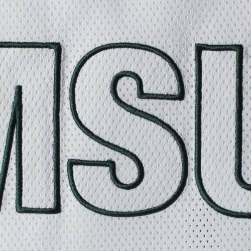 ZOOZATZ ミシガン スケートボード レディース ゾーン ブイネック Tシャツ 白 ホワイト レディースファッション トップス カットソー 【 Michigan State Spartans Womens End Zone Mesh Oversized V-neck Tunic