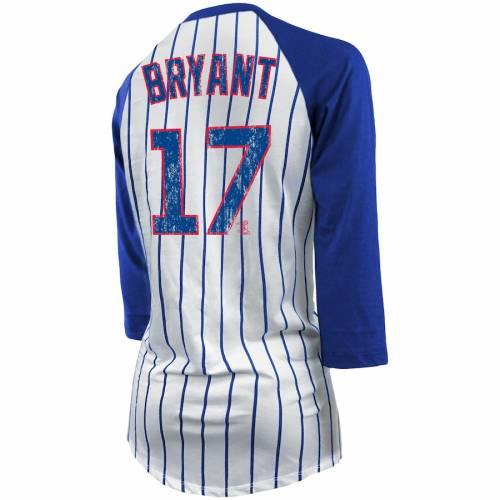 MAJESTIC THREADS ブライアント シカゴ カブス レディース ラグラン Tシャツ レディースファッション トップス カットソー 【 Kris Bryant Chicago Cubs Womens Pinstripe Player Name And Number Raglan 3/4-sleeve T-
