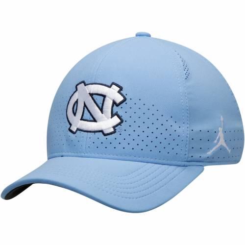 JORDAN BRAND ノース カロライナ クラシック サイドライン パフォーマンス 青 ブルー バッグ キャップ 帽子 メンズキャップ メンズ 【 North Carolina Tar Heels Classic 99 Sideline Performance Flex Hat - Caro