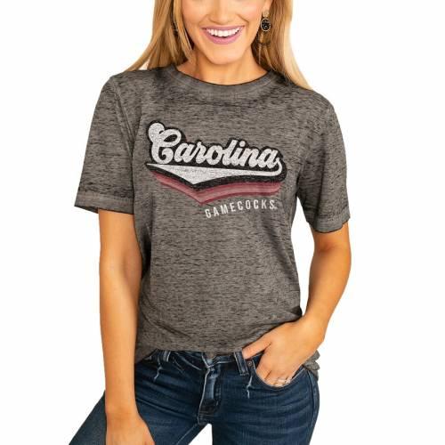 スポーツブランド カジュアル ファッション ゲームデイカルチャー GAMEDAY COUTURE カロライナ ゲームコックス レディース Tシャツ 大幅値下げランキング VIVACIOUS CHARCOAL レディースフ チャコール TSHIRT VARSITY WOMEN'S BOYFRIEND ※アウトレット品 サウスカロライナ