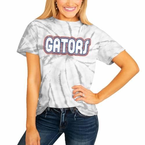 <title>スポーツブランド カジュアル ファッション ゲームデイカルチャー 送料込 GAMEDAY COUTURE フロリダ ゲイターズ レディース Tシャツ 白色 ホワイト WOMEN'S IT'S A WIN SPINDYE TSHIRT WHITE レディースファッション トップス カ</title>