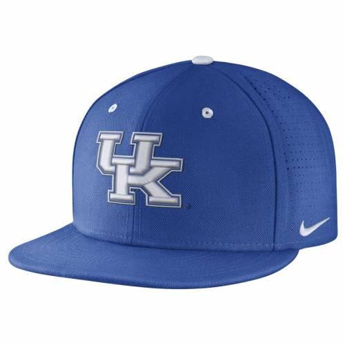 ナイキ NIKE ケンタッキー パフォーマンス バッグ キャップ 帽子 メンズキャップ メンズ 【 Kentucky Wildcats True Vapor Performance Fitted Hat - Royal 】 Royal