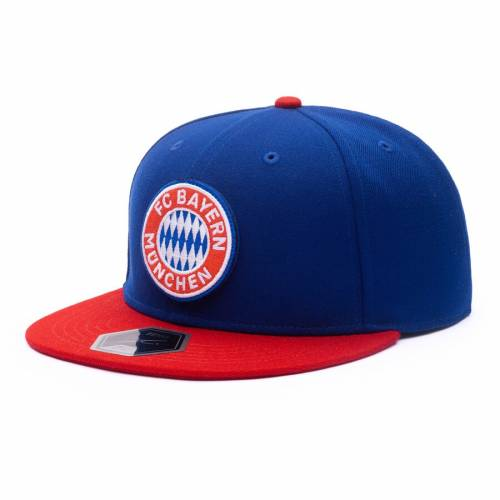 FI COLLECTION チーム バッグ キャップ 帽子 メンズキャップ メンズ 【 Bayern Munich Team Patch Fitted Hat - Blue/red 】 Blue/red