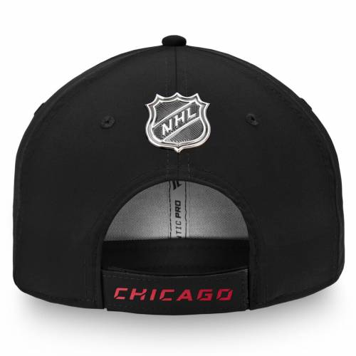 FANATICS BRANDED シカゴ オーセンティック プロ 黒 ブラック バッグ キャップ 帽子 メンズキャップ メンズ 【 Chicago Blackhawks Authentic Pro Rinkside Structured Adjustable Hat - Black 】 Black