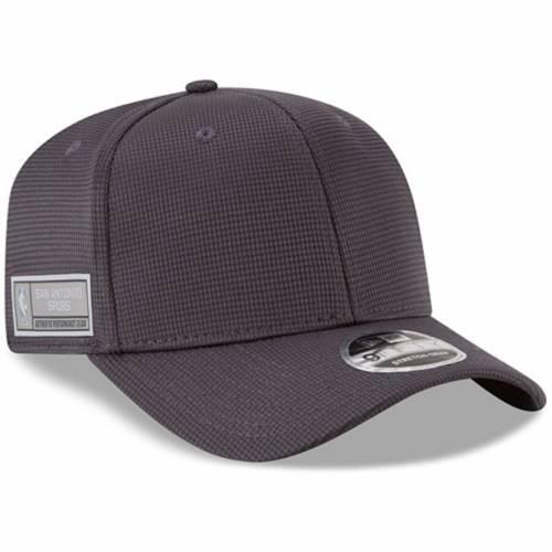ニューエラ NEW ERA スパーズ トレーニング スナップバック バッグ キャップ 帽子 メンズキャップ メンズ 【 San Antonio Spurs Authentics Training 9fifty Adjustable Snapback Hat - Graphite 】 Graphite