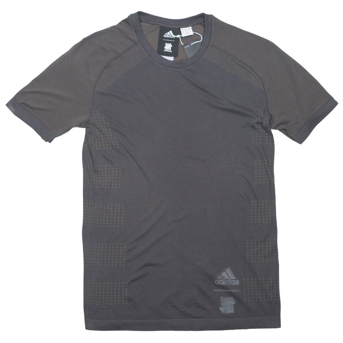 アディダス ADIDAS エルティーディー Tシャツ 黒 ブラック メンズファッション トップス カットソー メンズ 【 X Undefeated Men Primeknit Ltd Tee (black / Utility Black / Cinder) 】 Black / Utility Black / Cinde
