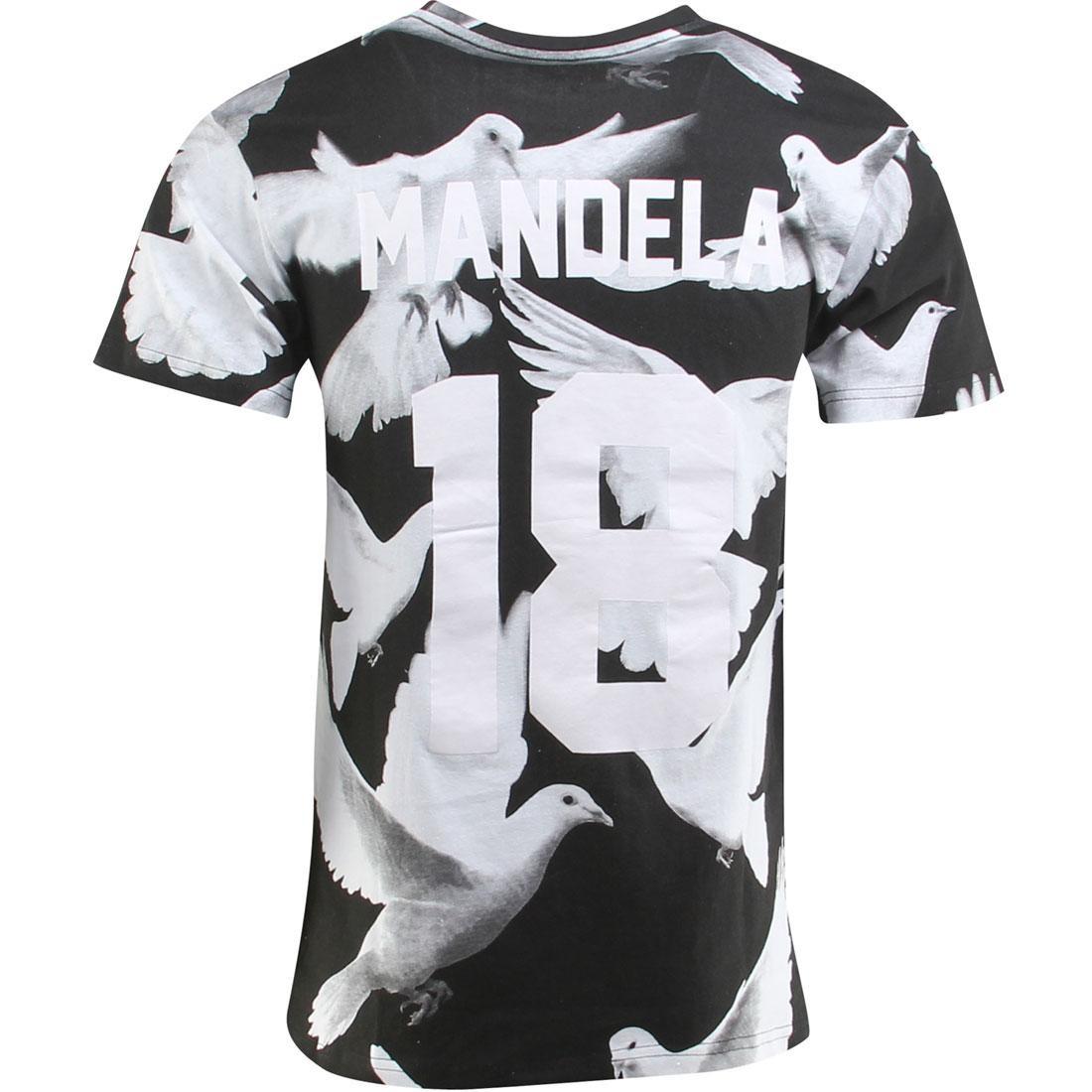 Tシャツ メンズファッション トップス カットソー メンズ 【 Eleven Paris Mandela Tee (black / Olombe Print) 】 Black / Olombe Print