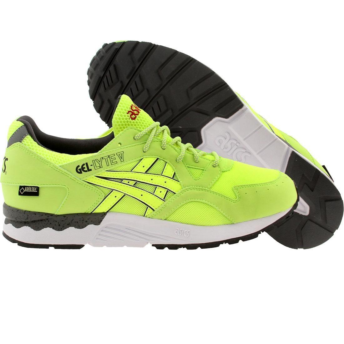 【海外限定】アシックス スニーカー メンズ靴 【 ASICS TIGER X UBIQ MEN GEL LYTE V HAZARD GREEN LIME 】