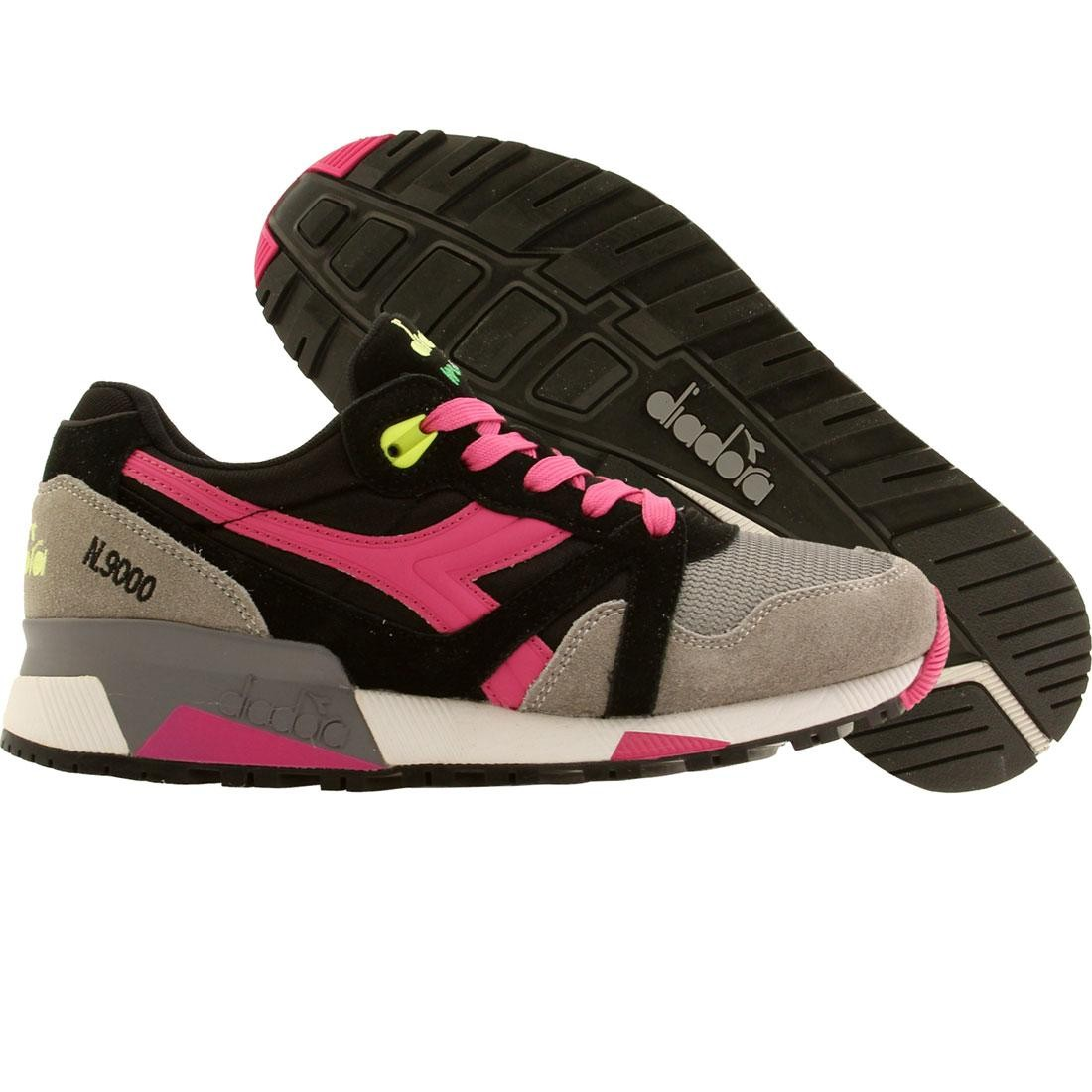【海外限定】GRAY灰色 グレイ 靴 スニーカー 【 GREY DIADORA WOMEN N9000 NYL BLACK ICE MAGENTA 】