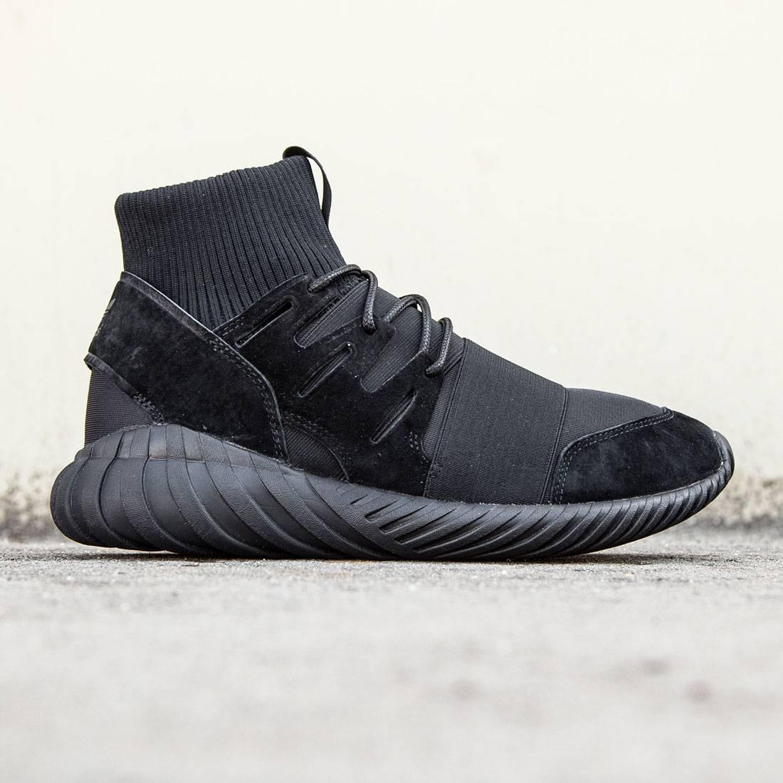 【海外限定】アディダス 黒 ブラック コア メンズ靴 スニーカー 【 ADIDAS BLACK MEN TUBULAR DOOM TRIPLE CORE 】