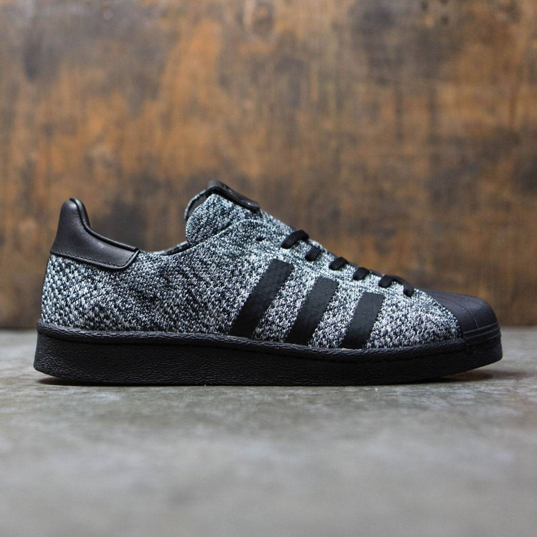 【海外限定】アディダス スーパースター ブースト 靴 スニーカー 【 ADIDAS SUPERSTAR CONSORTIUM X SNEAKERSNSTUFF SOCIAL STATUS MEN BOOST SNEAKER EXCHANGE WHITE BLACK 】