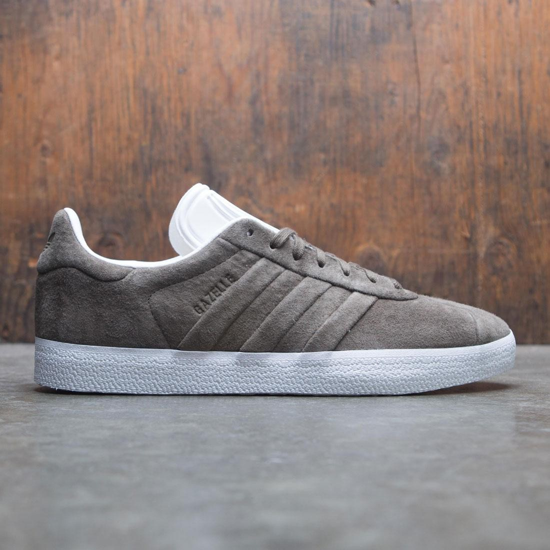 【海外限定】アディダス ガゼル メンズ靴 靴 【 ADIDAS MEN GAZELLE STITCH AND TURN OLIVE BRANCH FOOTWEAR WHITE 】