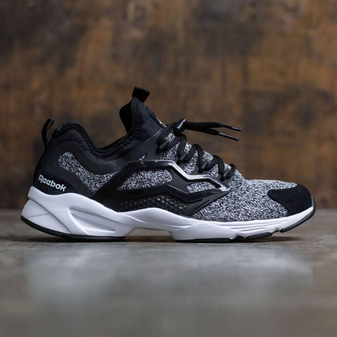【海外限定】リーボック アダプト メンズ靴 靴 【 REEBOK MEN FURY ADAPT BLACK WHITE 】