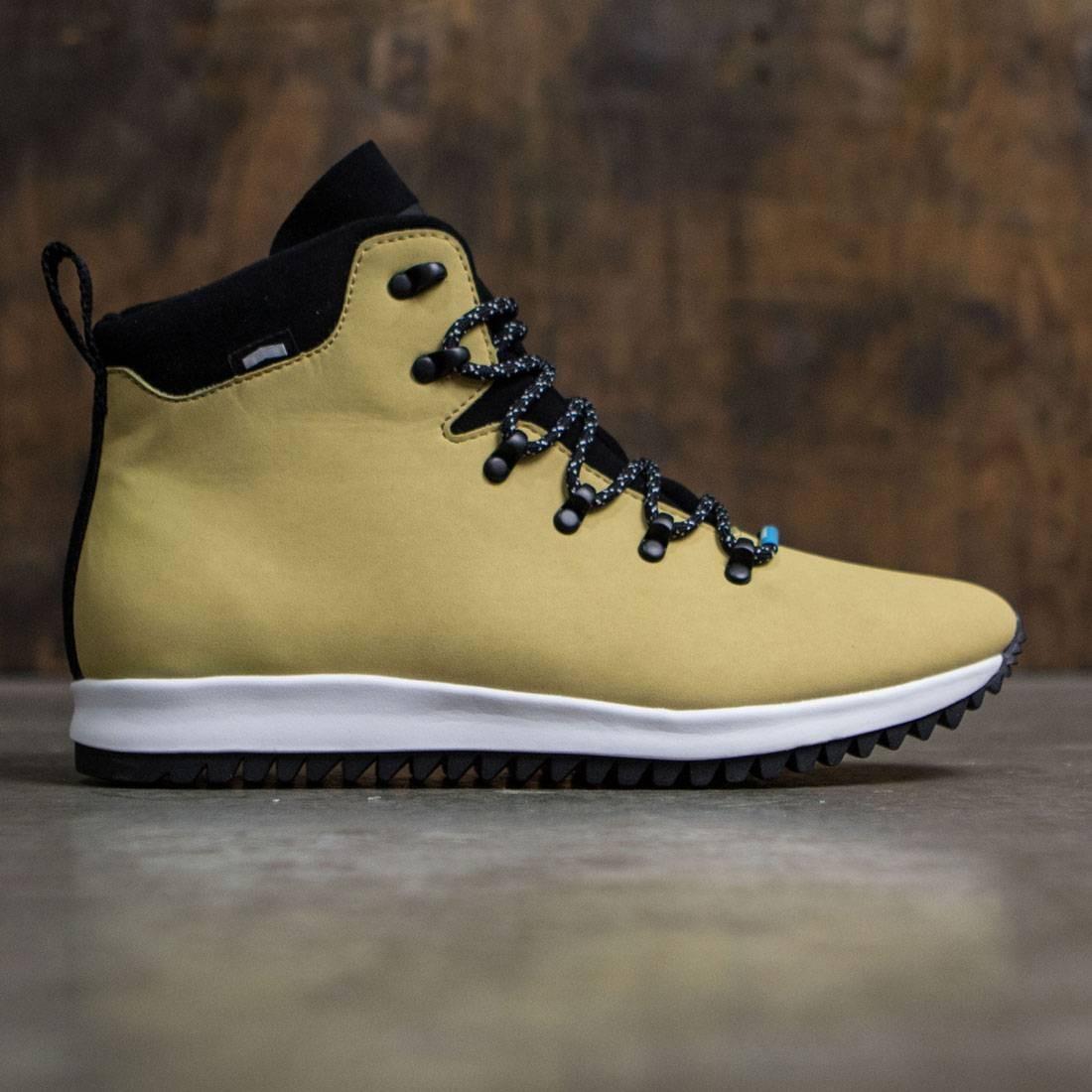 【海外限定】ネイティブ 茶 ブラウン スニーカー 靴 【 BROWN NATIVE MEN AP APEX TOMB WHITE 】