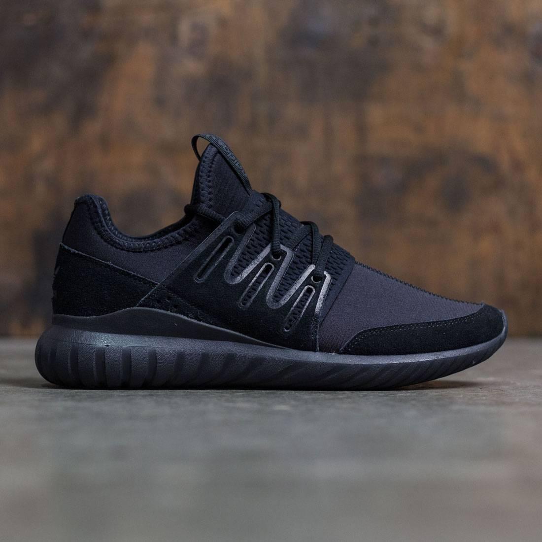 【海外限定】アディダス コア 黒 ブラック 靴 メンズ靴 【 ADIDAS BLACK MEN TUBULAR RADIAL CORE DARK GREY 】