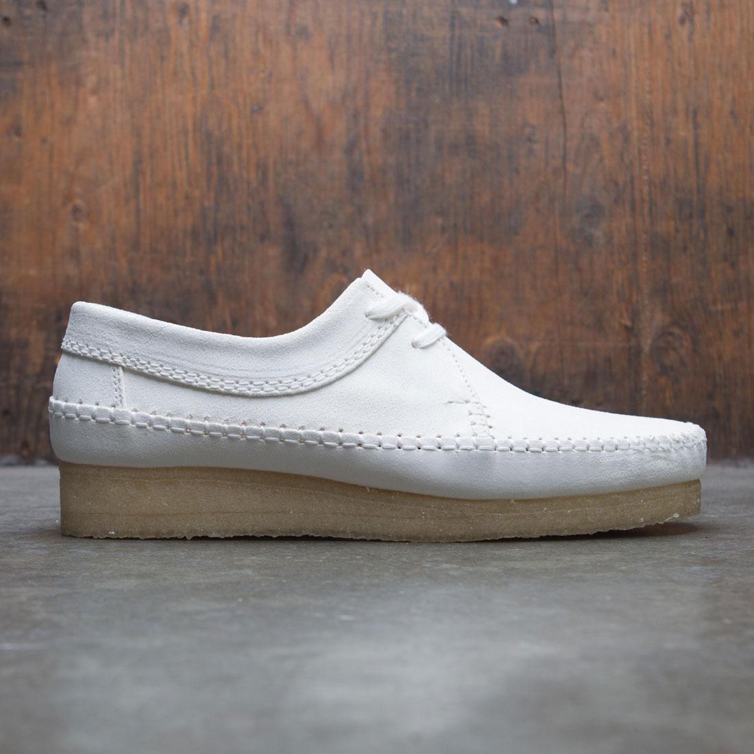 【海外限定】クラークス スエード スウェード 靴 スニーカー 【 CLARKS MEN WEAVER SUEDE WHITE 】