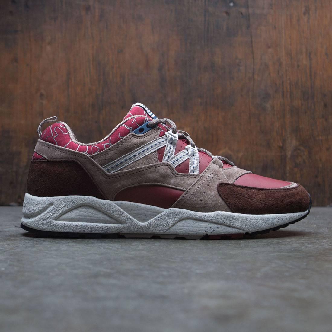 【海外限定】フュージョン 2.0 メンズ靴 靴 【 FUSION KARHU MEN MOUNT SAANA BROWN RED 】