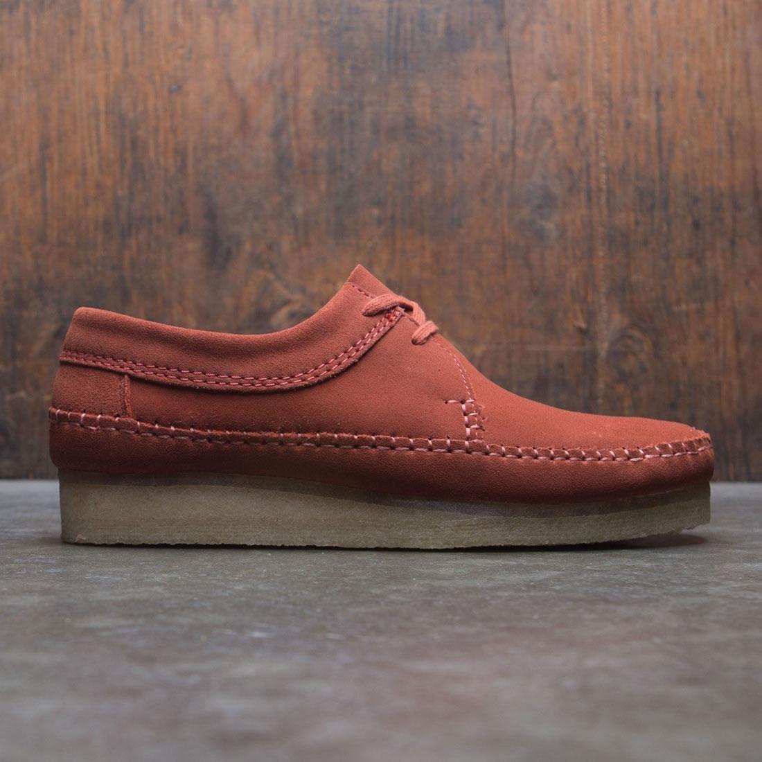 【海外限定】クラークス スエード スウェード メンズ靴 スニーカー 【 CLARKS MEN WEAVER SUEDE RED BRICK 】