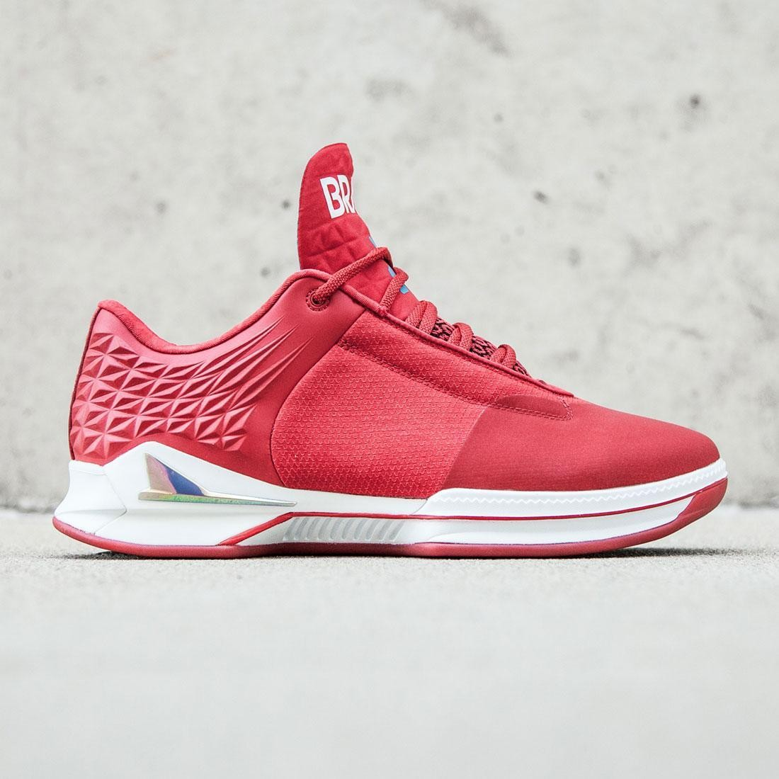【海外限定】靴 スニーカー 【 BRANDBLACK MEN J CROSSOVER 2 LOW RED WHITE 】