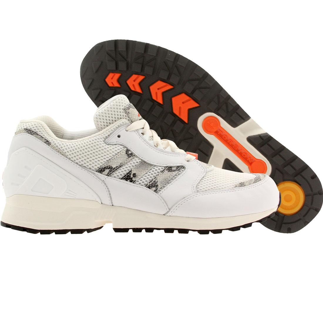 【海外限定】アディダス メンズ靴 スニーカー 【 ADIDAS MEN EQUIPMENT RUNNING CUSHION WHITE NEOWHI CWHITE CORANG 】