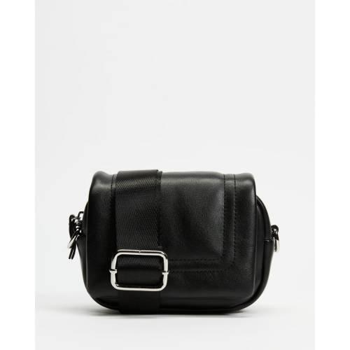 ファッションブランド 無料サンプルOK カジュアル ファッション アクセサリー 正規認証品!新規格 トップショップ バッグ 黒色 ブラック クロスボディーバッグ PU レディース MINI BAGGED BLACK TOPSHOP