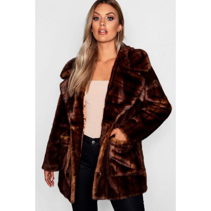 【海外限定】boohoo plus ブーフー ブーフープラス 【 oversized collar faux fur coat 】