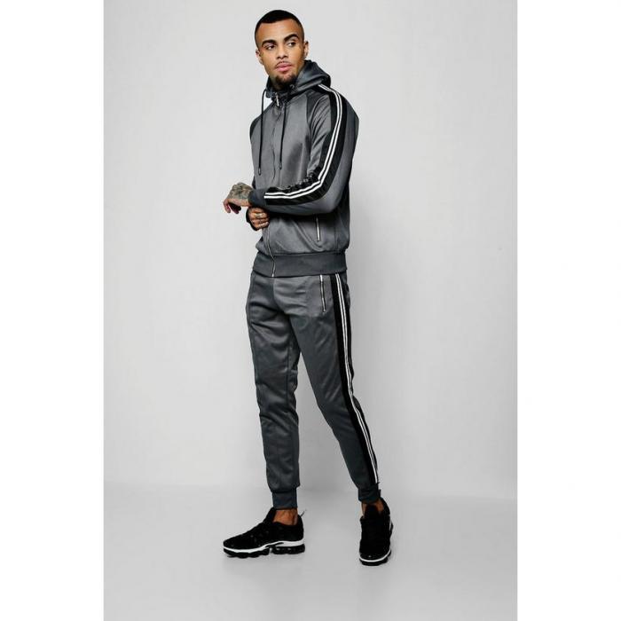 【海外限定】boohoo boohooman ブーフー 【 zip through tricot tracksuit with side tape 】 メンズファッション