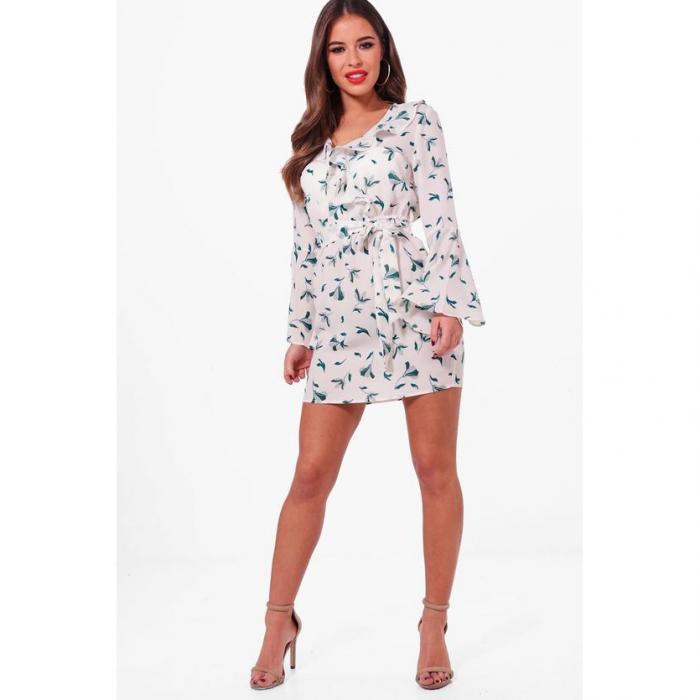 ブーフープチ 小さいサイズ ケイト フローラル ラップ フロント ウーブン ドレス ワンピース 白 ホワイト レディース 女性用 レディースファッション 【 BOOHOO PETITE WRAP WOVEN KATE FLORAL FRONT DRESS