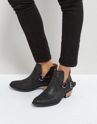 ウェスタン ブーツ 黒 ブラック レディース 女性用 レディース靴 【 BLACK QUPID WESTERN TRIM BOOT DISTRESSED PU 】