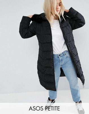 エイソス エイソスプチ ASOS PETITE 小さいサイズ ロングライン コート フード 黒 ブラック レディース 女性用 ジャケット 【 BLACK LONGLINE PUFFER COAT WITH FAUX FUR TRIM HOOD 】