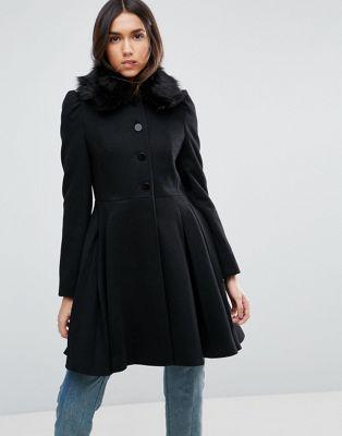 エイソス ASOS スウィング コート 黒 ブラック レディース 女性用 レディースファッション ジャケット 【 SWING BLACK COAT WITH FAUX FUR COLLAR 】