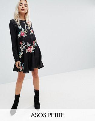 エイソス エイソスプチ ASOS PETITE 小さいサイズ ミニ ドロップ ウェスト ドレス ワンピース 黒 ブラック レディース 女性用 レディースファッション 【 BLACK EMBROIDERED MINI DROP WAIST DRESS 】
