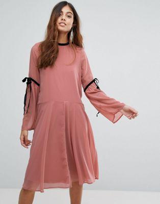 モーダ ネクタイ ワンピース ベロ ドレス スリーブ vero moda tie sleeve dress レディースファッション