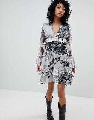 プリント スモック レリジョン ワンピース イン ドレス 特大 religion oversized smock dress in distorted print レディースファッション