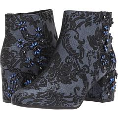 サム エデルマン 青 ブルー ロイヤル フローラル ジャガード レディース 女性用 レディース靴 靴 ブーツ 【 BLUE CIRCUS BY SAM EDELMAN VERUCA ROYAL FLORAL JACQUARD 】