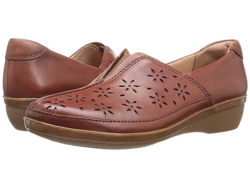 クラークス タン レディース 女性用 ローファー レディース靴 【 CLARKS EVERLAY DAIRYN TAN 】