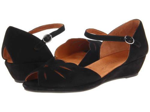 ジェントル リリー ムーン 黒 ブラック ビッグキッズ 子供用 靴 キッズ 【 BLACK GENTLE SOULS LILY MOON 】