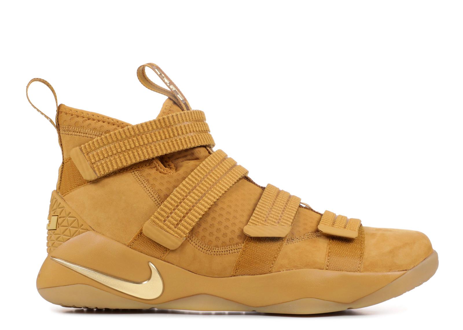 ナイキ レブロン ウィート ゴールド 金 メンズ 男性用 メンズ靴 靴 スニーカー 【 NIKE LEBRON SOLIDER XI SFG WHEAT GOLD METALLIC 】