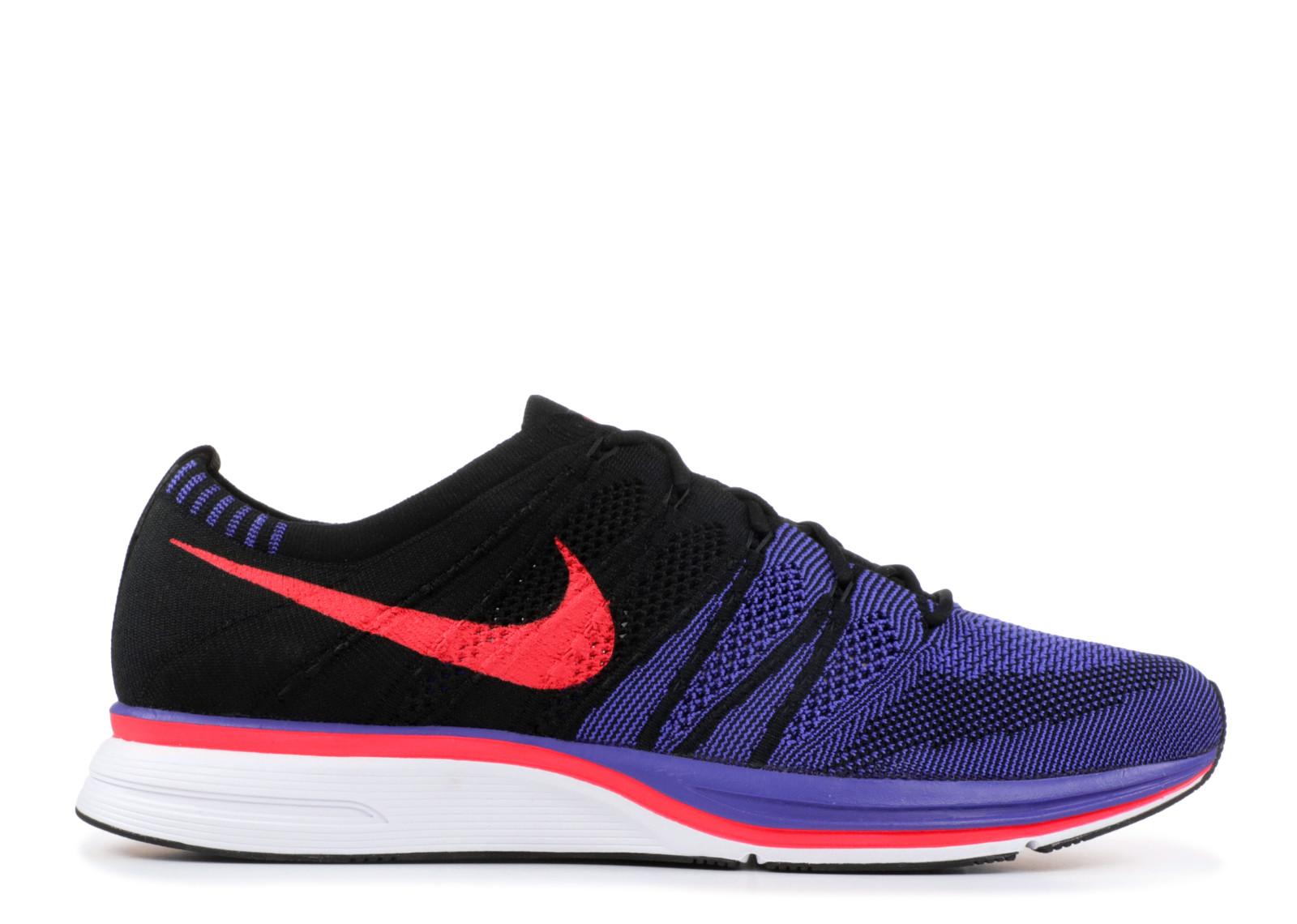 Nike Mens Flyknit Trainer