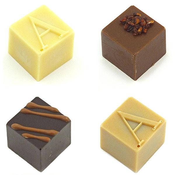 Armani Dolci ARMANI DOLCI Armani Dolci chocolate bronze box Praline 4 with suites